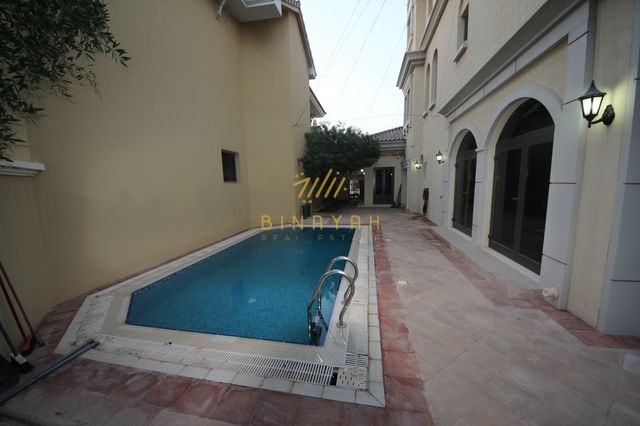 3 Story 5 bedroom seafront garden home villa