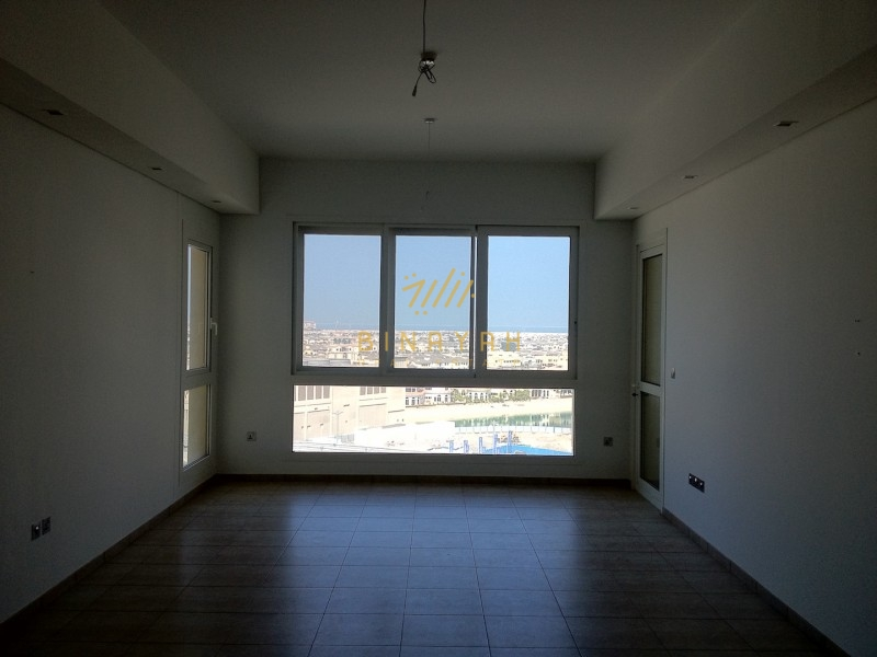 Spacious 3 bedroom in Marina Residences