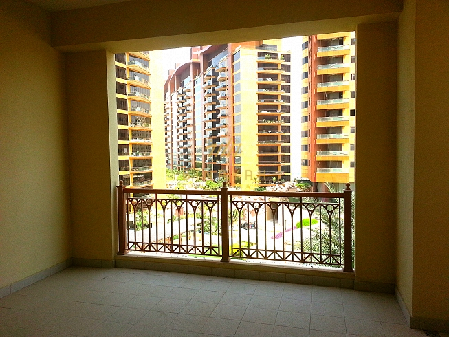 Beautiful 2 bedroom apartment Palm Island