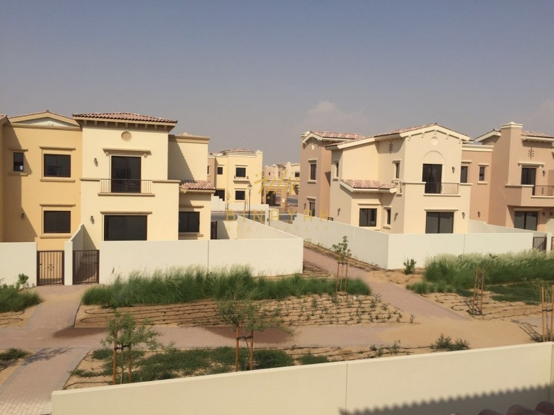 3 Bedroom with Maids Townhouses, 1E  Mira