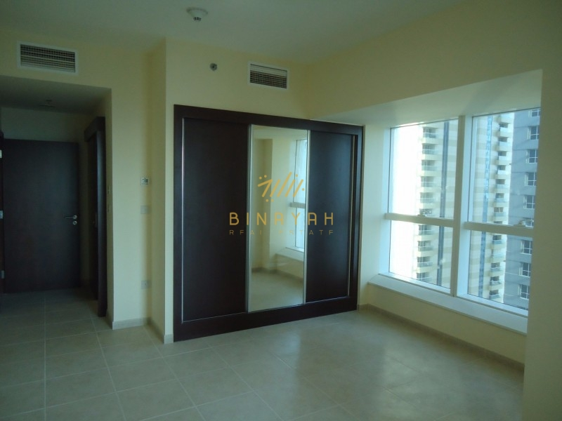 Rent 3CHQs | Partial Sea View | 2BR Apt Elite Residence Marina
