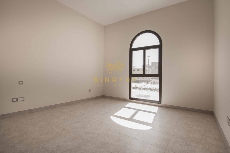 Landscaped 4 Bedroom Townhouse For Rent in Mudon