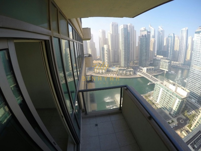 Skyline and Marina View | Big 1BR Apt | Free Chiller
