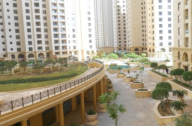 2 Bedroom with Sea View in Shams 1 JBR