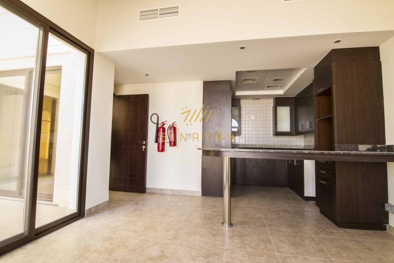 Al Salam Mudon 4 Bed Townhouse for Rent