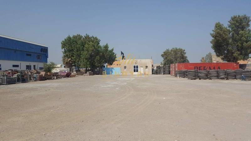 Large Open Yard | for Garage | in AlQuoz