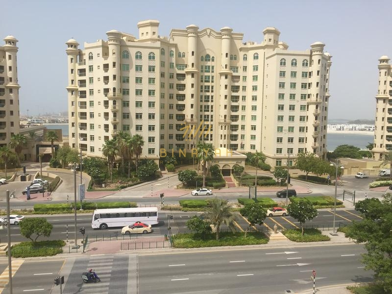 Vacant 3 BR| Partial Sea View| AED 190 K