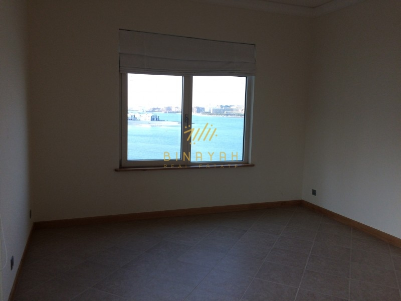 3 BR | Sea View |Unfurnished | AED 200 K