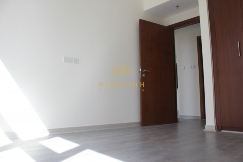 2 BR | Pool View | AED 135 K | Vacant