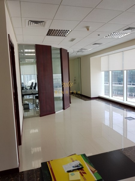 Fully Fitted Office   Lake View   165 K