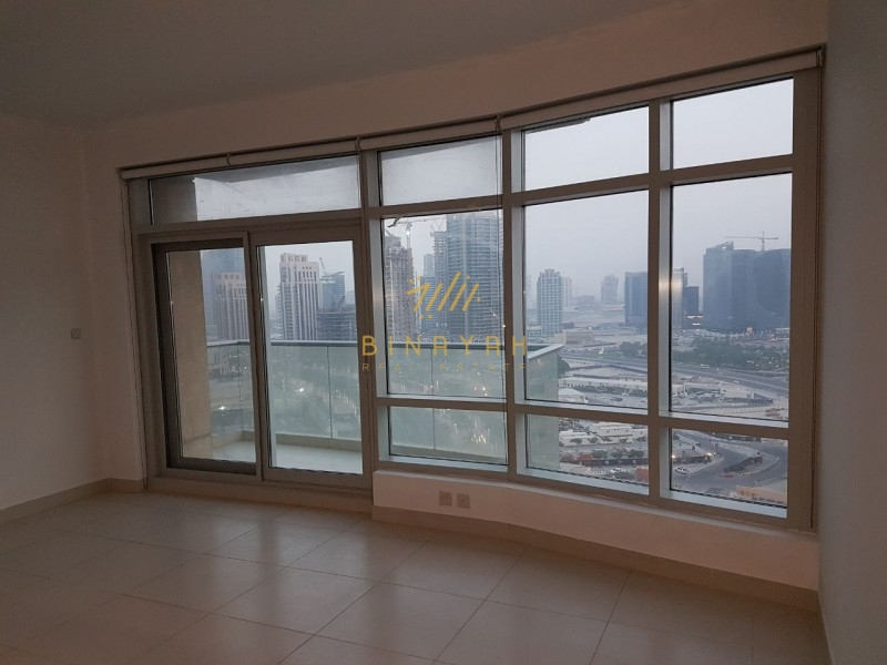 Spacious 2 BR in lofts central |130k