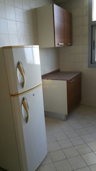 Spacious 2 BR Apt| DEC Tower | Unfurnished