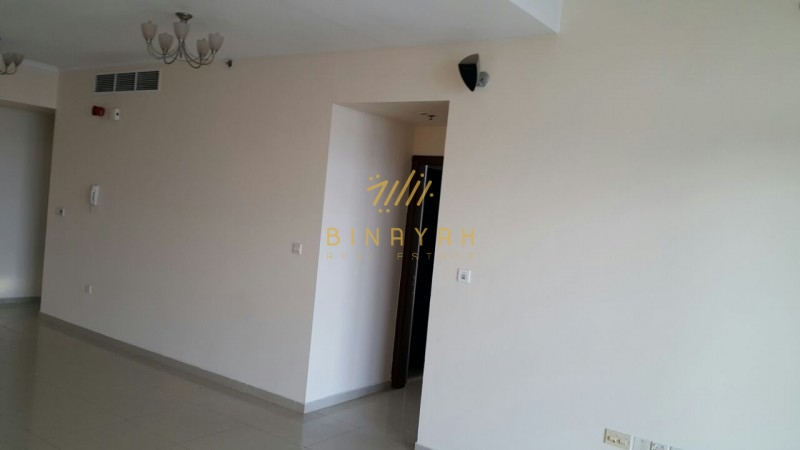 Spacious 2 BR Apt| Unfurnished | DEC Tower| 106K