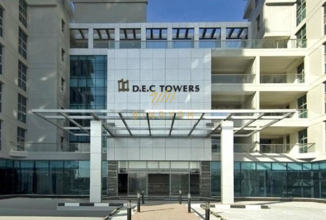Spacious 2 BR Apt| Unfurnished|DEC Tower