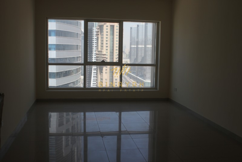 Lake Point Tower JLT | Spacious |Balcony