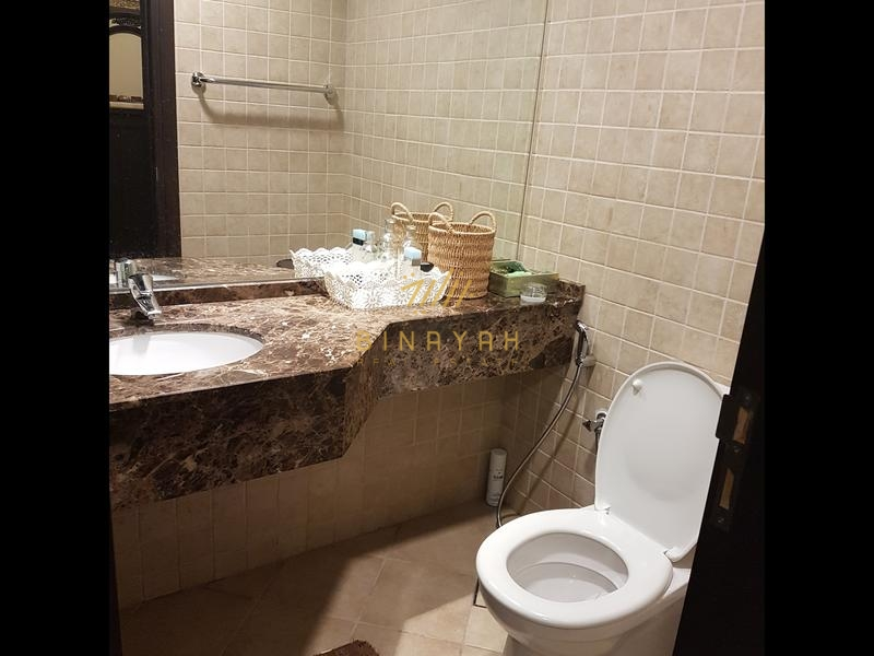 Attractive 2 BR Apartment Lake View 140K