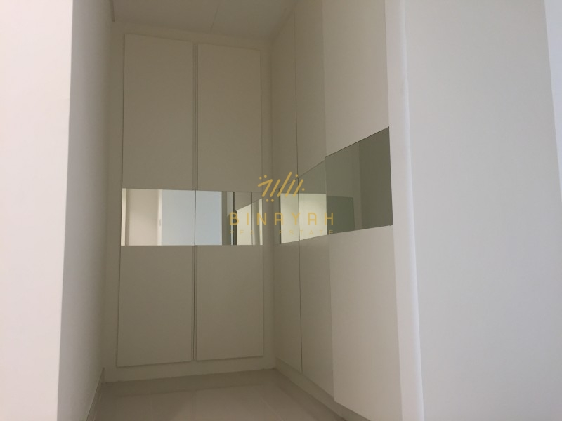 3 Bedroom Apt Spacious fully furnished