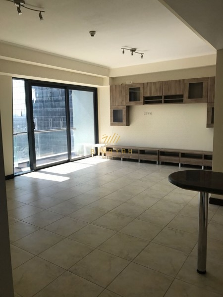 2 Bedroom ! Beautiful View ! Eye Catching Must see