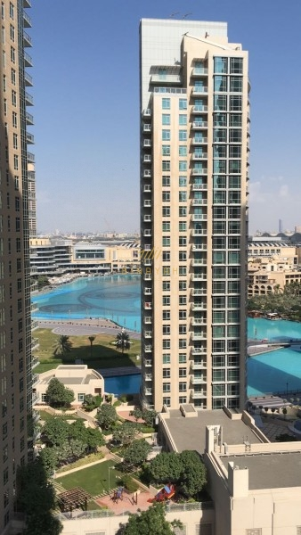 2 Bedroom with fountain view available for rent at 145k.