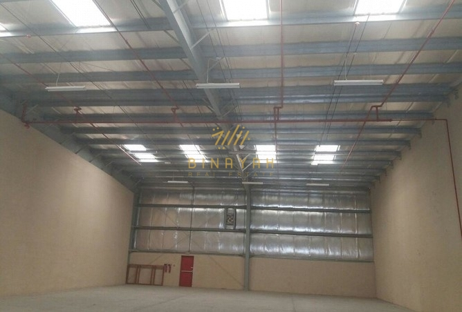Amazing Warehouse with 11 KW Power, Ample Parking Space