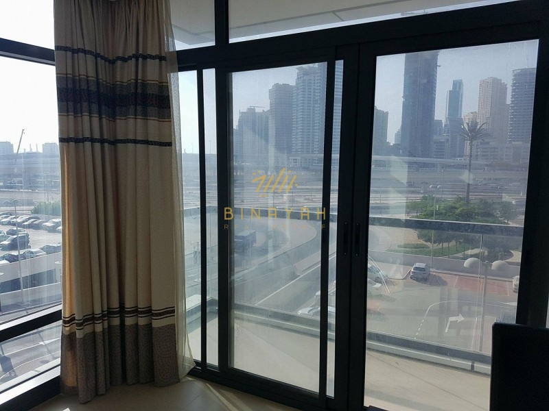 Decent & Good Quality 2 bed in Lakeside Residence