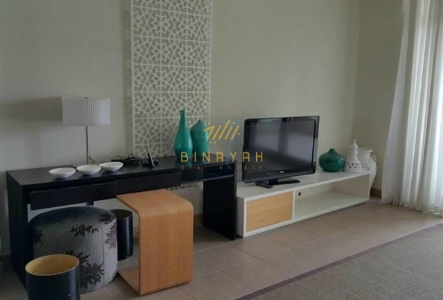 Immaculate Furnished 3 BR with Sea View