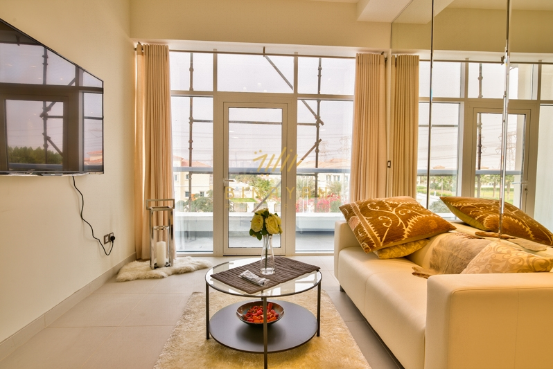 No Commission | Spacious 2 BR at La Residence