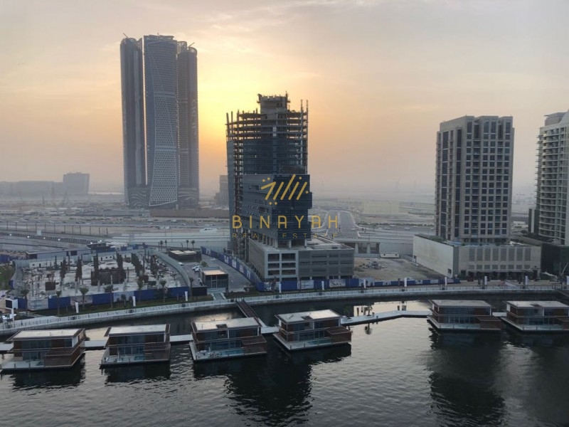 1 Bedroom Over looking Canal/Burjkhalifa | Pay 1% Every Month |