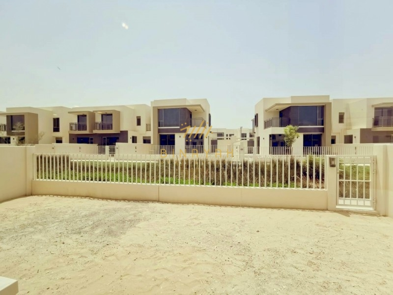 3BR COMMUNITY VIEW NEAR TO PARK FOR RENT