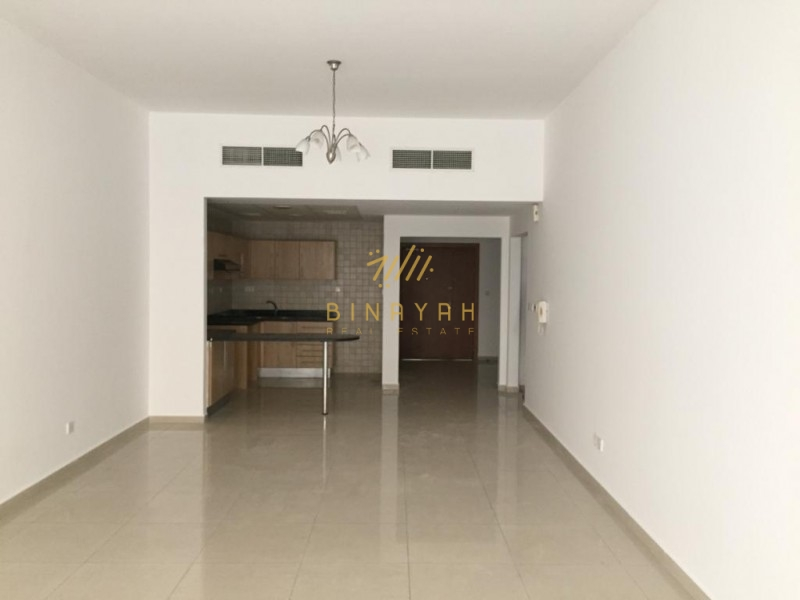 Chiller Free I Large 2BR I Next to Mall of Emirates