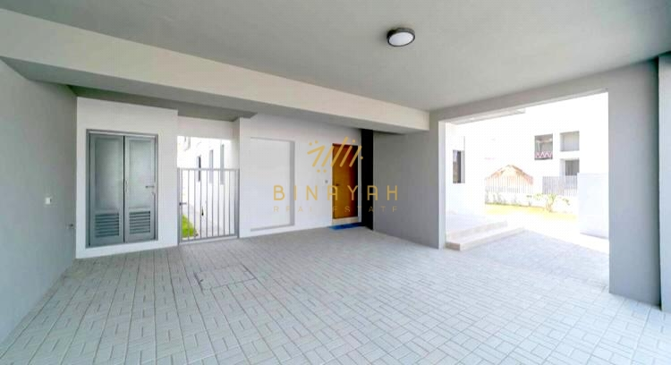 READY TO MOVE IN | KEYS IN HAND | VACANT 4 BR