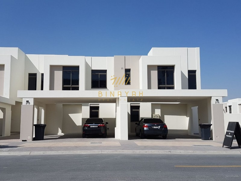 Excellent Location | Vacant 3 BR + Maid | Safi Townhouse, enterance to pool and
