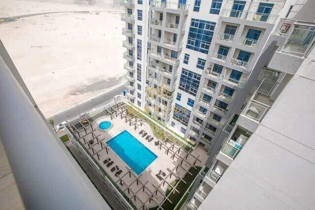 Luxurious Unit|CHILLER FREE|Pool View|10th Floor