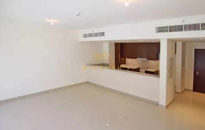 Stylish 1 Bed in Mulberry Prime Location