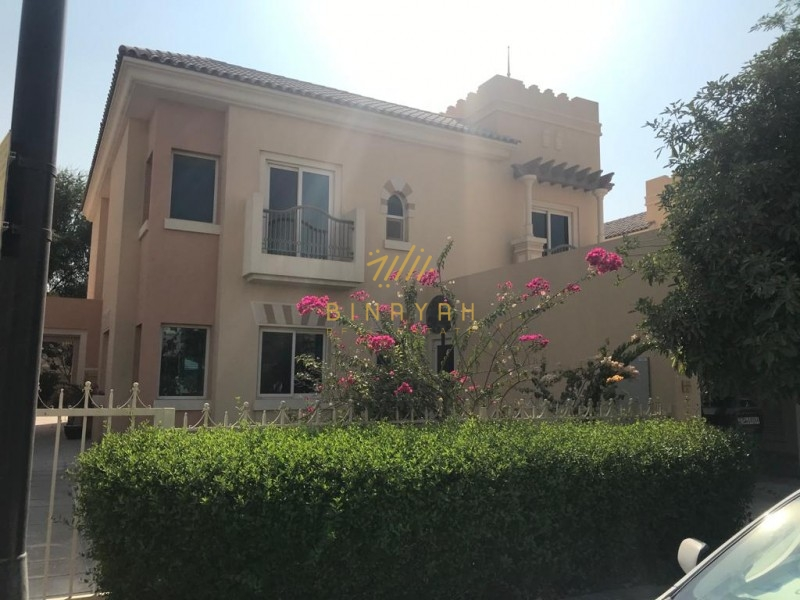 Excellent type C1, 5BR + Maid in Esmeralda with pool