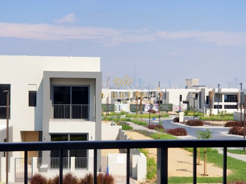 Burj Khalifa View|4 BR-E3 Villa For Rent |Sidra 2