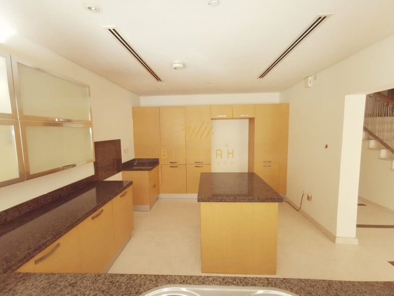 Vacant|Bright||Spacious|3 Bed + Maids| Dubai Style