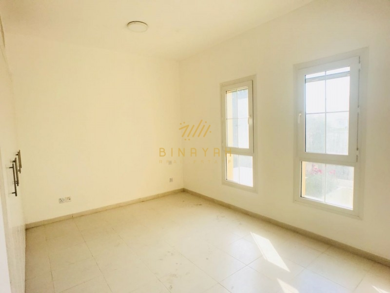 | Type 4M | Unfurnished | community view | Vacant