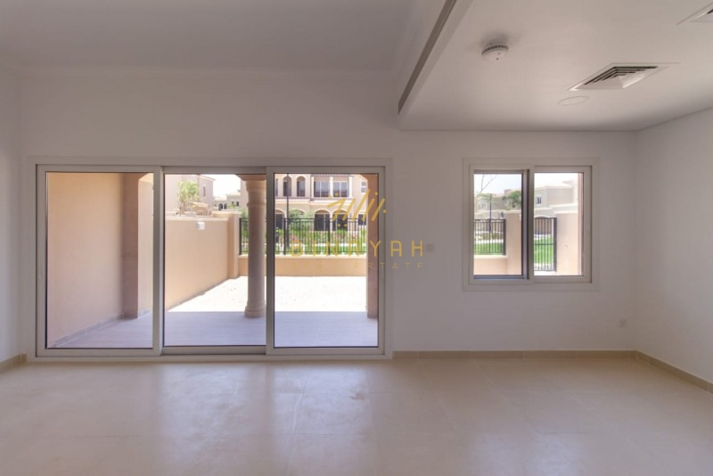 Amazing |3BR+Maid|Back to Pool &Park;|Vacant|
