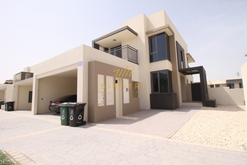 VIP location|more privacy|pool and park|Maple