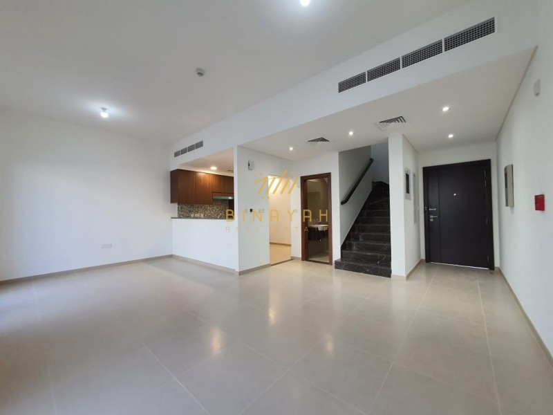 Great Location|Best Priced |Back to Back|3 Bed+M