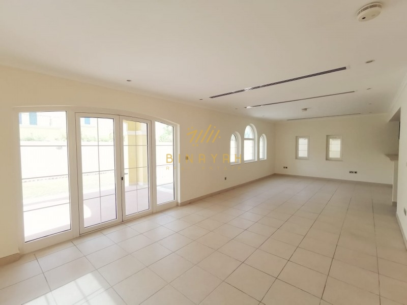 3 bedroom Legacy Small|Close to Park|175K