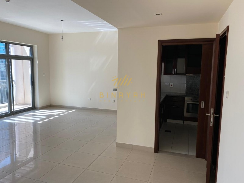 Bright & Large 2 Bed Room|Lake View |The views|