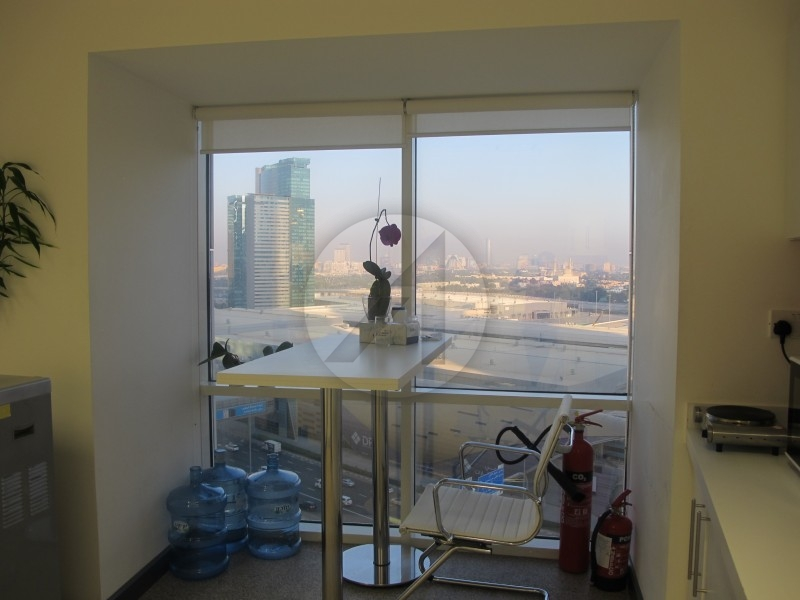 fitted-office-sheikh-zayed-road-near-metro