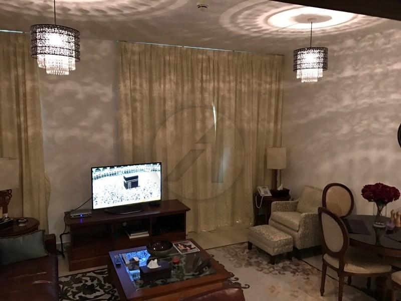huge-2br-amazing-view-luxury-furnitures
