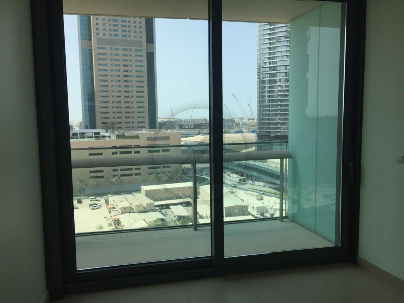 spacious-and-neat-1br-in-burj-vista1-for-rent