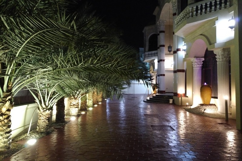 amazing-garden-villa-7-bedrooms-in-emirates-hills-dubai