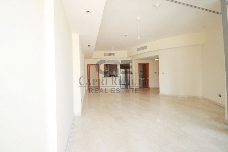 Low Floor-Trident Grand Residence - close to beach