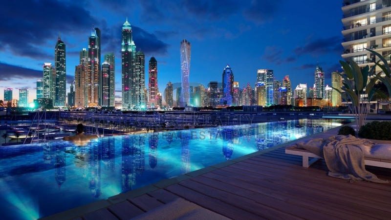 Next to Dubai Marina|Private beach access