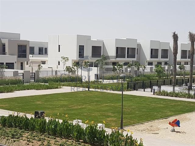 CHEAPEST VILLA @ AED 550 psf|12 mins MOE